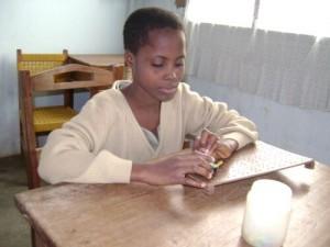 Bambina cieca a Togoville
